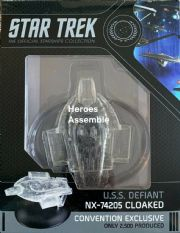 Star Trek Official Starships Collection USS Defiant NX-74205 Cloaked Convention Variant Eaglemoss
